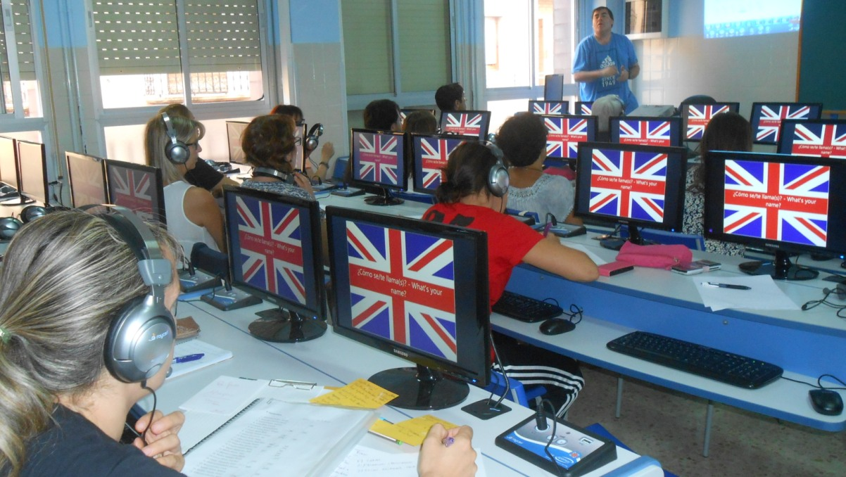 New Roycan Language Lab in Alcañiz
