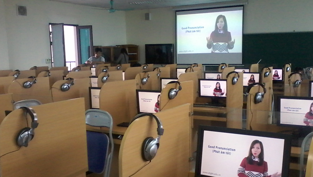 <strong>Roycan</strong> installs <strong>68 Language Laboratories in Vietnam </strong>.