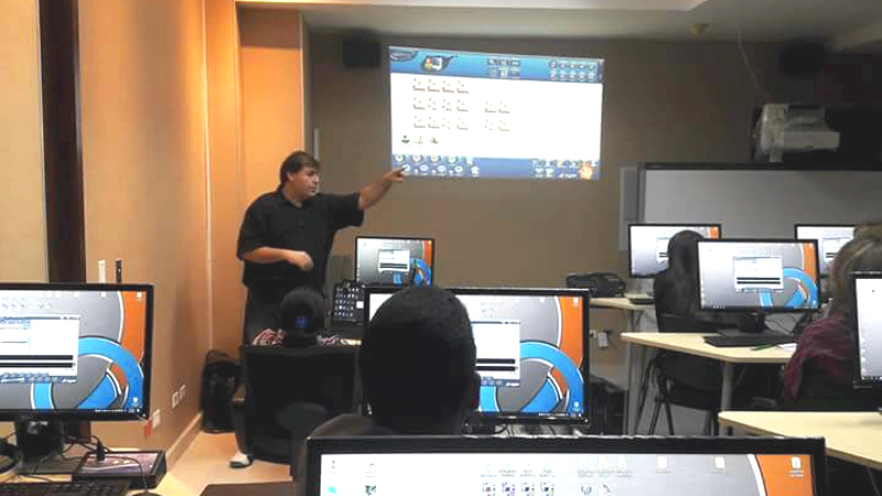 A new ROYCAN Language Lab in Panama.